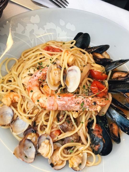 Spaghetti Seafood - €12.5