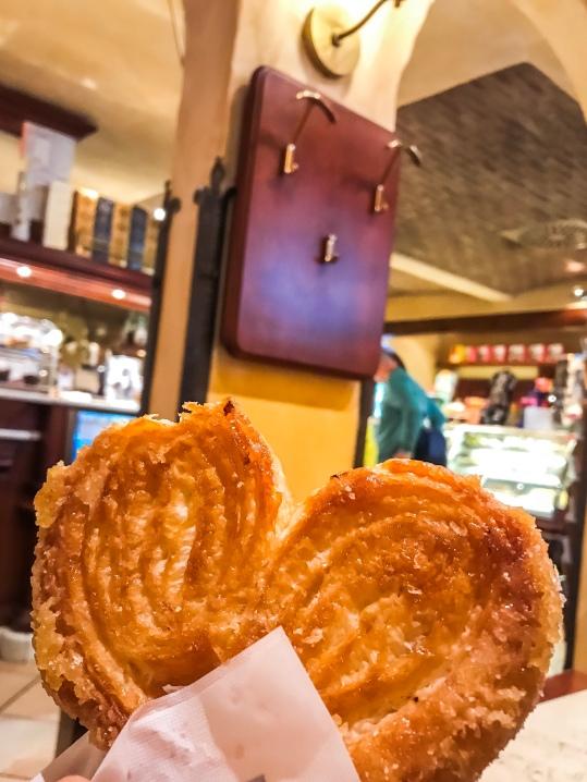 Pie €1 yang ternyata besar sekali!